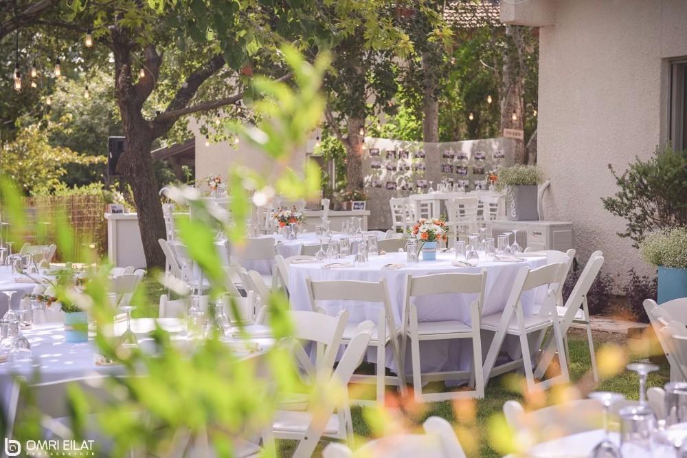 חתונת בוטיק וקונספט בגינה הביתית3