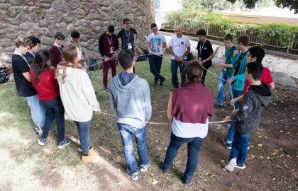 סמינר מנהיגות חברתית לתלמידי כיתה יא – תוכנית אודיסאה (מדעני וממציאי העתיד)