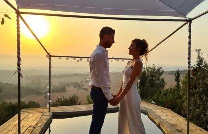גיא ומיכל – חתונה במטע (זיתים) בצל הקורונה